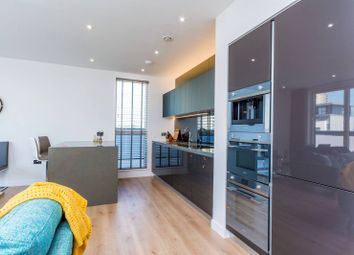 Thumbnail 2 bed flat to rent in Heritage Place, Kew Bridge