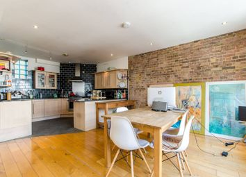 Thumbnail 2 bed flat to rent in Commercial Street, Shoreditch