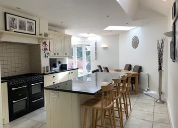 Henley-On-Thames, Oxfordshire RG9. 4 bed end terrace house