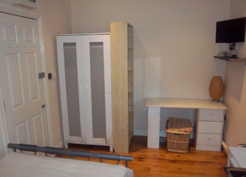 Thumbnail Room to rent in Whites Row, London