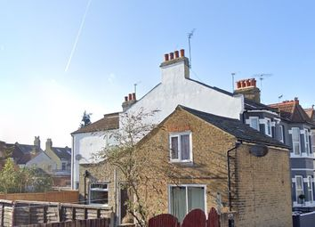Thumbnail 1 bed detached house to rent in Albion Road, Hounslow