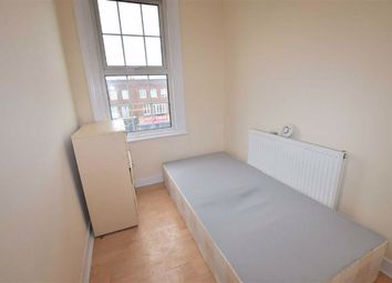 Thumbnail Room to rent in Shenley Road, Borehamwood, Hertfordshire