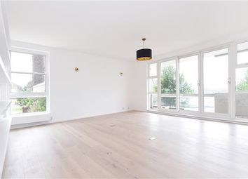 Thumbnail 4 bed flat to rent in Rosebank, Holyport Road, Fulham
