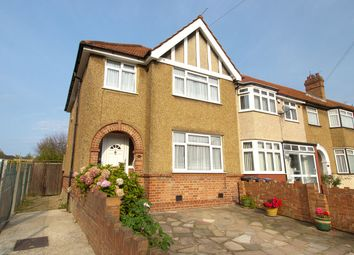 Photo of Elton Avenue, Greenford UB6