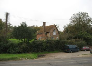 Thumbnail 2 bed detached house to rent in Sheepridge Lane, Marlow