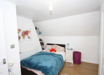 Thumbnail 5 bed maisonette to rent in Warwick Road, Kenilworth