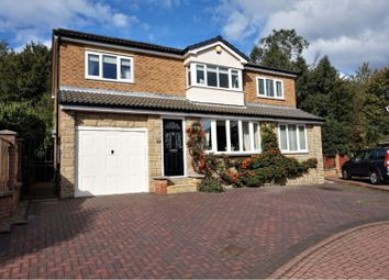 Thumbnail 4 bedroom detached house for sale in Longwood Road, Wakefield