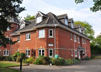 Thumbnail 2 bed property to rent in Bath Road, Maidenhead