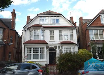 Princes Avenue, Muswell Hill, London N10. Studio for sale