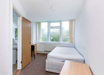 Thumbnail 1 bedroom flat to rent in Guildhall Walk, Portsmouth