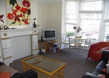 Thumbnail Room to rent in Roundhay View, Chapeltown, Leeds