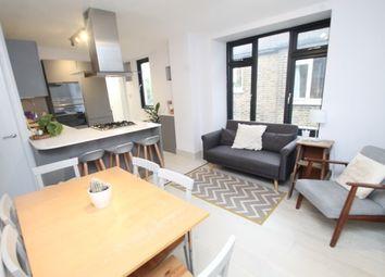2 bed maisonette to rent in Bramshot Avenue, London SE7