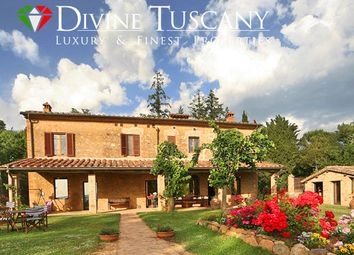 Thumbnail 8 bed country house for sale in Via Grossetana, Siena (Town), Siena, Tuscany, Italy
