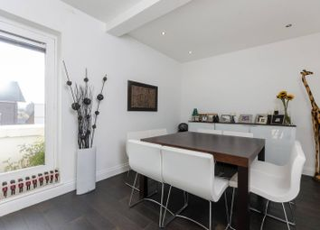 Thumbnail 3 bedroom flat for sale in Saunders Ness Road, Canary Wharf