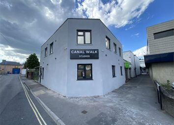 Thumbnail Studio to rent in Elias Hotel Ltd, Canal Walk, Southampton, Hampshire