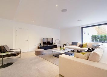 Thumbnail 3 bedroom flat for sale in Pinnacle, Muswell Hill, London