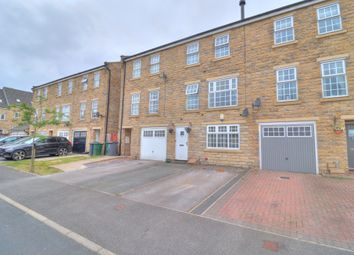 Thumbnail 5 bed town house for sale in Myers Close, Idle, Bradford