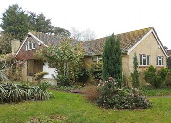 4 bed detached house to rent in Chiltern Hill, Chalfont St. Peter, Gerrards Cross SL9