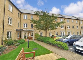 Thumbnail 2 bed flat for sale in Otters Court, Witney