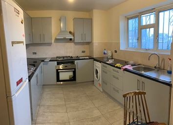 Thumbnail 4 bed flat to rent in Jubilee Street, Whitechapel/Commercial Road