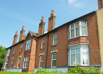 Thumbnail 3 bedroom flat for sale in Avenue Mansions, Bedford Avenue, High Barnet