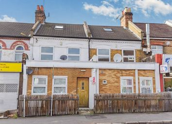 Thumbnail 3 bed flat for sale in Spa Hill, London