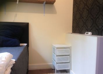 Thumbnail 2 bed town house to rent in Waterside Drive, Birmingham