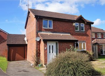 Thumbnail 3 bed detached house for sale in Cornwallis Close, Ashford