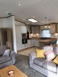Thumbnail 2 bed lodge for sale in Flamborough Road, Bridlington, East Yorkshire, Bridlington
