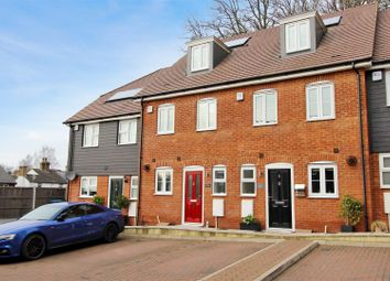 Thumbnail Terraced house for sale in Honeypot Close, Old Town, Hemel Hempstead