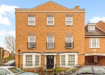 Blue Dragon Yard, Beaconsfield, Buckinghamshire HP9. 1 bed flat for sale