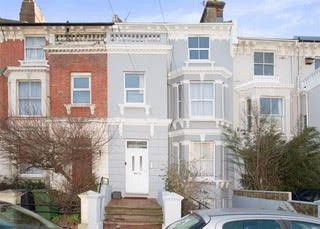 Thumbnail 1 bed flat to rent in Braybrooke Road, Hastings, East Sussex