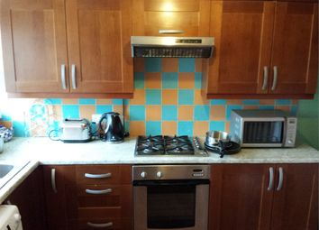 Thumbnail Room to rent in Barents House, White Horse Lane
