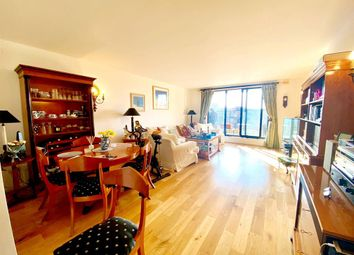 Point West, London SW7. 2 bed flat for sale