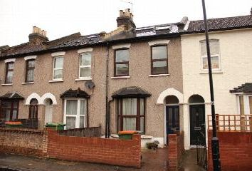 Thumbnail 5 bedroom end terrace house to rent in Lansdown Road, Eastham E7,