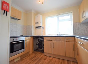 Thumbnail 2 bedroom flat to rent in Padnall Road, Chadwell Heath