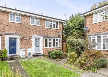 3 bed property for sale in Birchwood Grove, Hampton TW12