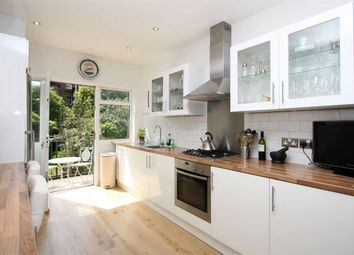 Thumbnail 2 bed flat for sale in Curzon Road, Muswell Hill, London