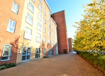 Thumbnail 3 bed flat to rent in Lansdowne House, Moulsford Mews, Reading, Berkshire