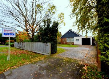 Thumbnail 2 bed bungalow to rent in London Road, Aston Clinton, Aylesbury