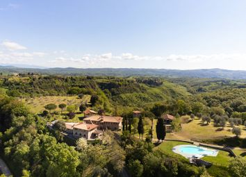 Thumbnail 11 bed villa for sale in Siena, Siena, Toscana