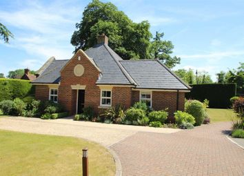 Thumbnail 2 bed detached bungalow for sale in Breedons Hill, Pangbourne, Reading