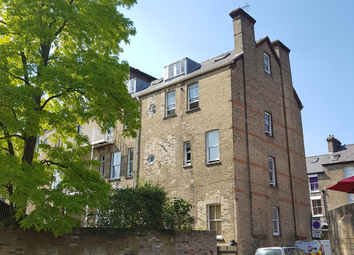 Thumbnail 3 bed flat to rent in Bateman Street, Cambridge