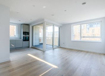 Thumbnail 2 bedroom flat to rent in Walworth Road, Southwark