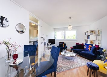 Thumbnail 1 bed flat for sale in Myddelton Road, London