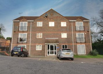 Thumbnail 2 bed flat to rent in Castleview Gardens, High Wycombe