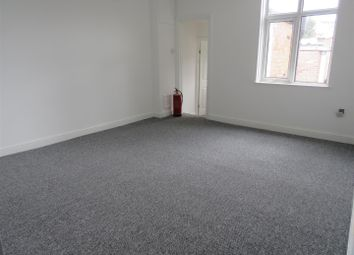 Thumbnail 1 bed flat to rent in The Parade, Oadby, Leicester