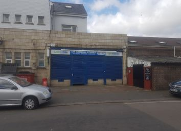 Thumbnail Studio to rent in Dunstable Road, Luton