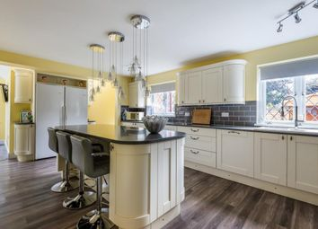 4 bed detached house for sale in Driftway Road, Hook RG27