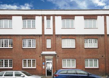Thumbnail 2 bed flat to rent in Ranelagh Gardens, London